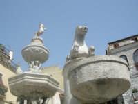Fontana ubicata in una delle Piazze della splendida Taormina  - Taormina (3317 clic)