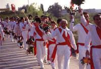 festa di S. Sebastiano, devoti in processione  - Avola (3697 clic)