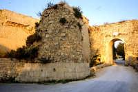 bastioni dell'ingresso    - Noto (3237 clic)