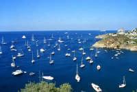 isola di Salina, barche in mare   - Eolie (6105 clic)