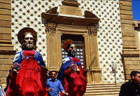 Domenica Palme i santoni   - Aidone (5334 clic)