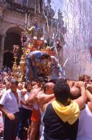 festa S. paolo, uscita santo   - Palazzolo acreide (2815 clic)