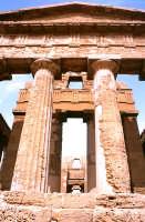 tempio della Concordia, timpano   - Agrigento (4452 clic)