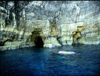 Isole Pelagie grotta marina   - Lampedusa (8938 clic)