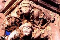Chiesa S. Giovanni, capitello atrio   - Siracusa (3148 clic)