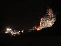 Panorama notturno  - Roccella valdemone (5868 clic)