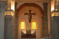 interno della Chiesa Madre S Nicolo' di Bari   - Roccella valdemone (5537 clic)