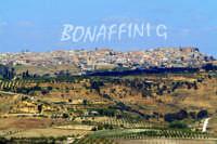 Scorcio del paese visto da Canalotto  - Mazzarino (8859 clic)