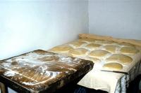 pani di casa il pane impastato, in attesa della lievitazione veniva posto su una tavola chiamata scanaturi, quinti infornato  - Mazzarino (1313 clic)