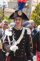 in alta uniforme feste e tradizioni pèopolari ,in servizio per LA PROCESSIONE del fercolo del Sig.re. dell'OLMO  - Mazzarino (1236 clic)