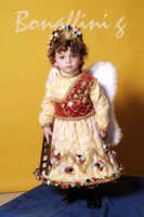Pasqua:Feste e tradizioni popolari (venerdi santo) Bambino vestito da angelo.  - Mazzarino (5969 clic)