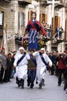 Pasqua:Feste e tradizioni popolari (venerdi santo  - Mazzarino (4887 clic)