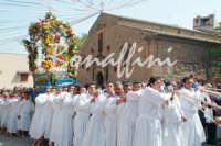 Processione del Fercolo delSIGNORE DELL'OLMO  - Mazzarino (2933 clic)