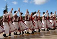 Sagra Mandorlo in Fiore 2007 - Gruppo: ROMANIA  - Agrigento (1685 clic)