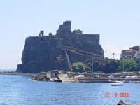 Il castello di Acicastello(Ct)visto dal solarium  - Catania (4145 clic)