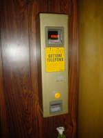 Vecchio telefono a gettoni  - Troina (6386 clic)