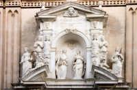 Facciata del Duomo (particolare)  - Acireale (1335 clic)