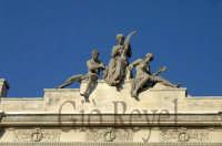Teatro Bellini - Particolare  - Adrano (2180 clic)