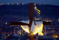 Croce sulla Collina storica - Venerdì santo  - Paternò (2975 clic)