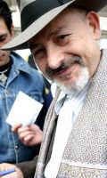 Il Maestro Leo Gullotta in una pausa delle riprese del Bell'Antonio  - Catania (2272 clic)