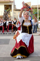 Festival del folklore 2004 - Gruppo Longano di Barcellona P.G.  - Roccalumera (7079 clic)