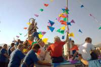 Processione della Madonna del Carmelo. In attesa del varo  - Roccalumera (3164 clic)