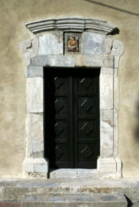 Portone della chiesa  - Fiumedinisi (4675 clic)