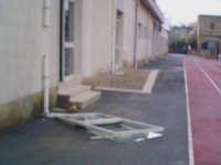 Il Maltempo non bussa alle porte....! le butta giù..........  !! Pachino 10/02/2005  - Pachino (3697 clic)