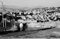 CONTADINO CON PANORAMA  - Santa caterina villarmosa (2921 clic)