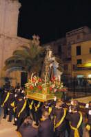 ENTRATA IN  CHIESA STATUA ADDOLORATA  - Santa caterina villarmosa (7422 clic)