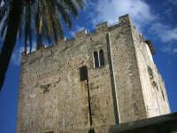 La Torre Ventimiglia,situata nella piazza omonima è diventata negli anni il simbolo di Montelepre.  - Montelepre (4805 clic)