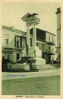 Cartolina d'epoca - Monumento ai Caduti  - Giarre (4027 clic)