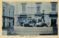Cartolina d'epoca - Piazza Monsignor Alessi - Pupa  - Giarre (4259 clic)