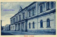 Cartolina d'epoca - Le Scuole  - Giarre (4207 clic)