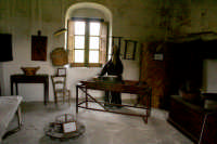 Convento dei Cappuccini, all'interno ricostruzione della vita dei Cappuccini nel 500. Vi si trovano celle e mobilia originali delle varie epoche dal 500 in poi.  - Francavilla di sicilia (4334 clic)