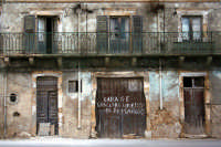 Antica abitazione abbandonata a Marzamemi.  - Marzamemi (2869 clic)