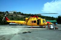 Elicottero del 118 all'Ospedale Cannizzaro a catania.  - Catania (6451 clic)