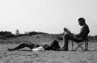 Bagnanti sulla spiaggia di Marzamemi.  - Marzamemi (13729 clic)