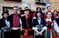 63° Sagra del mandorlo in fiore, gruppo folkloristico della Grecia.  - Agrigento (1874 clic)