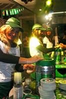 1° Anniversario centro commerciale Etnapolis, stand della birra Heineken.  - Catania (1459 clic)