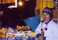 Festa di S.Agata, bancarella di vendita di ananas e cedri.  - Catania (3067 clic)