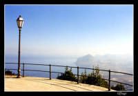 Panorama con in fondo S. Vito lo Capo.  - Erice (2510 clic)