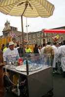 Festa di S.Agata 2006, venditore di zucchero filato.  - Catania (2327 clic)