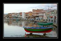 Il lungolago della cittadina di Ganzirri famosa per la coltivazione delle cozze.  - Ganzirri (7567 clic)