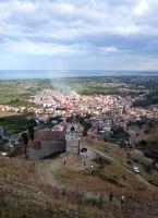 Vista del paese dal castello.  - Calatabiano (4582 clic)