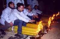 Festa di S.Agata, devoti che si riposano.  - Catania (2498 clic)