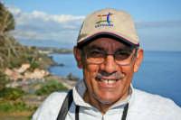 Prof. Giuseppe Sperlinga Vice Presidente  dell'Associazione Stelle e Ambiente. L'associazione organizza interessanti escursioni domenicali nei vari percorsi naturalistici dell'isola.  - Catania (5058 clic)