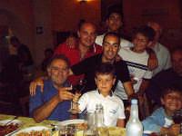 Buccheri, 7 agosto 2006, S.Gaetano, cena di tutti i Gaetani di Buccheri (con alcuni clandestini). Altra foto-ricordo.  - Buccheri (2926 clic)