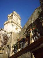 Terrazzo di Teresa con la chiesa di S.Antonio.  - Buccheri (1432 clic)