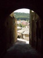 Arco sotto la scalinata della chiesa di S.Antonio.  - Buccheri (1656 clic)